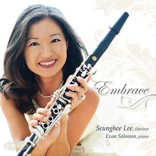 Embrace CD cover Seunghee Lee Clarinet.J