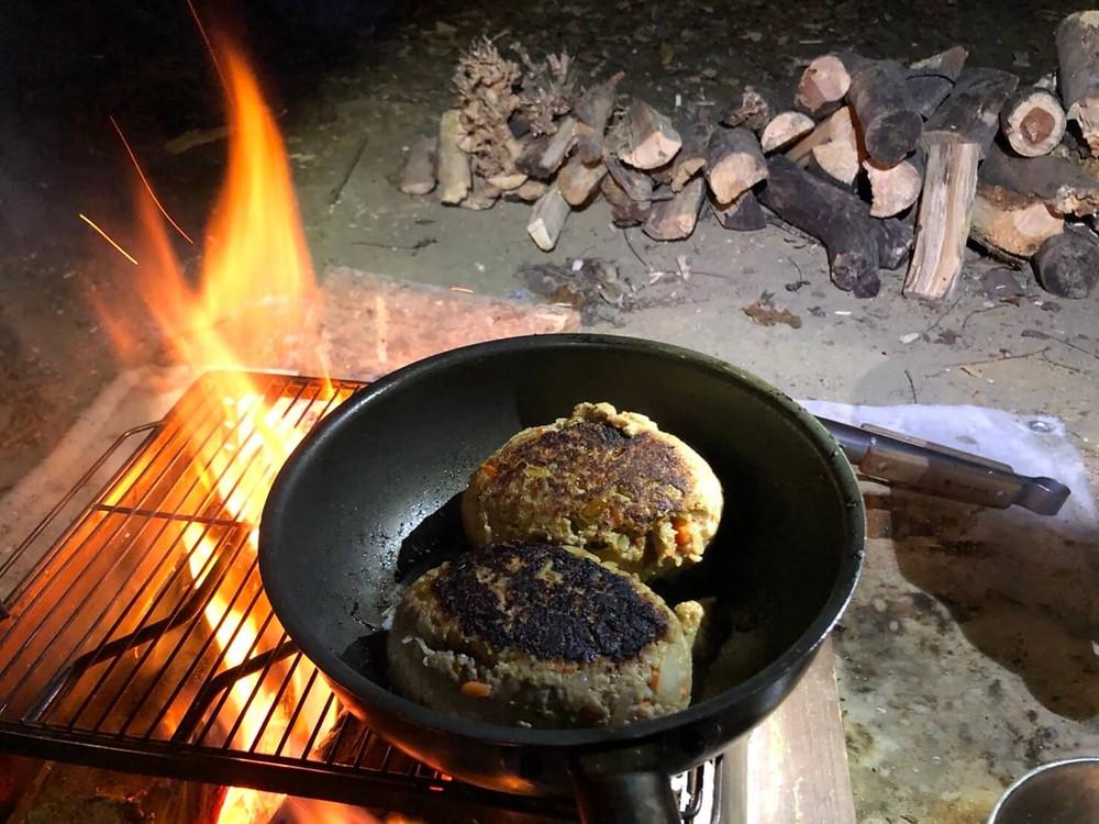 キャンプ、キャンプ飯、キャンプご飯、キャンプ料理
