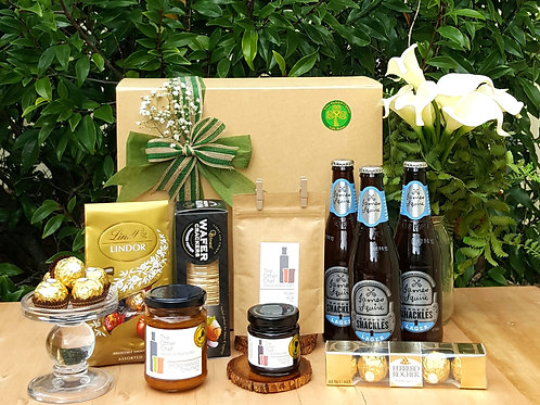 Beers & Cheers Gift Box