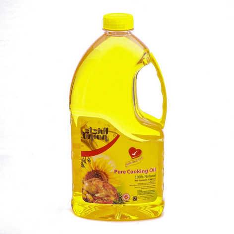 packshot of oil bottle