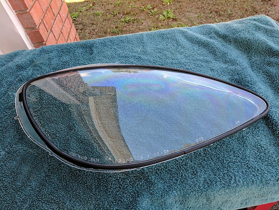 Headlight Lens and Gaskets Pair