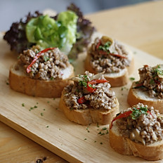 Spicy Chilli Pork Basil Bruschetta