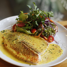 Fish with Saffron Cream Sauce