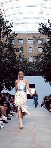 1909_FashionFutures_PVDH_Show_1412.jpg
