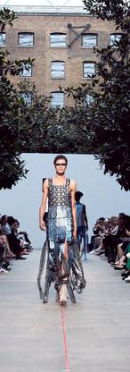 1909_FashionFutures_PVDH_Show_1493.jpg