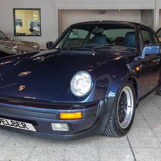 Porsche 911 Turbo (3).jpg