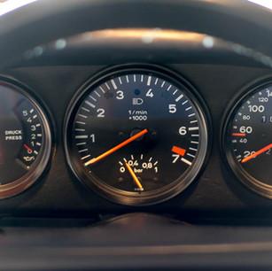 Porsche 911 Turbo (17).jpg