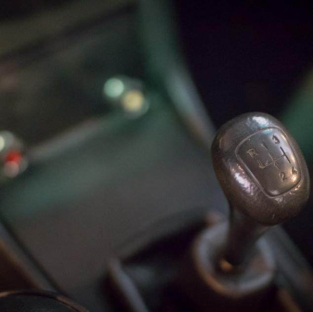 Mercedes-Benz 200 (W 115) (28).jpg