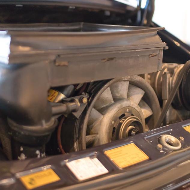 Porsche 911 Turbo (29).jpg