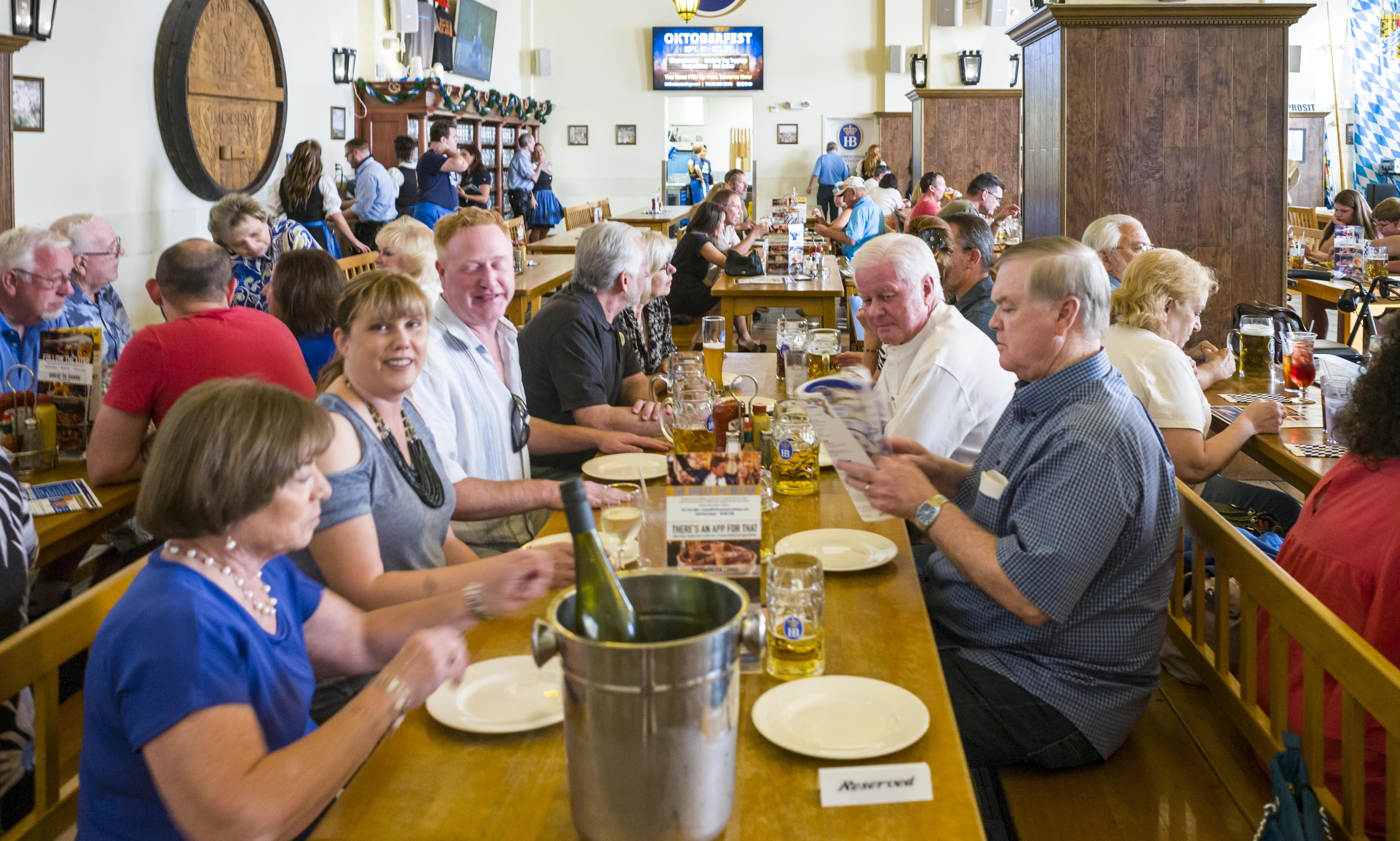 Hofbrau House 14Jul17-49