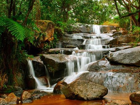 Conheça a Cachoeira do Barrocão e saiba onde se hospedar
