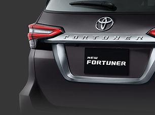 rear license ornament fortuner.jpeg
