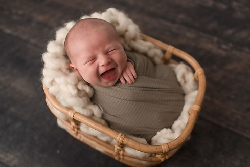Newborn (16 of 71).jpg