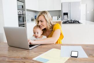 שני עסקים בבית - עצמאיות בחופשת לידה