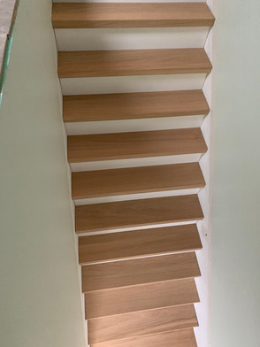 escalier chêne massif