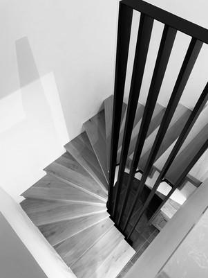 wmw.be escalier chene massif 2.jpg
