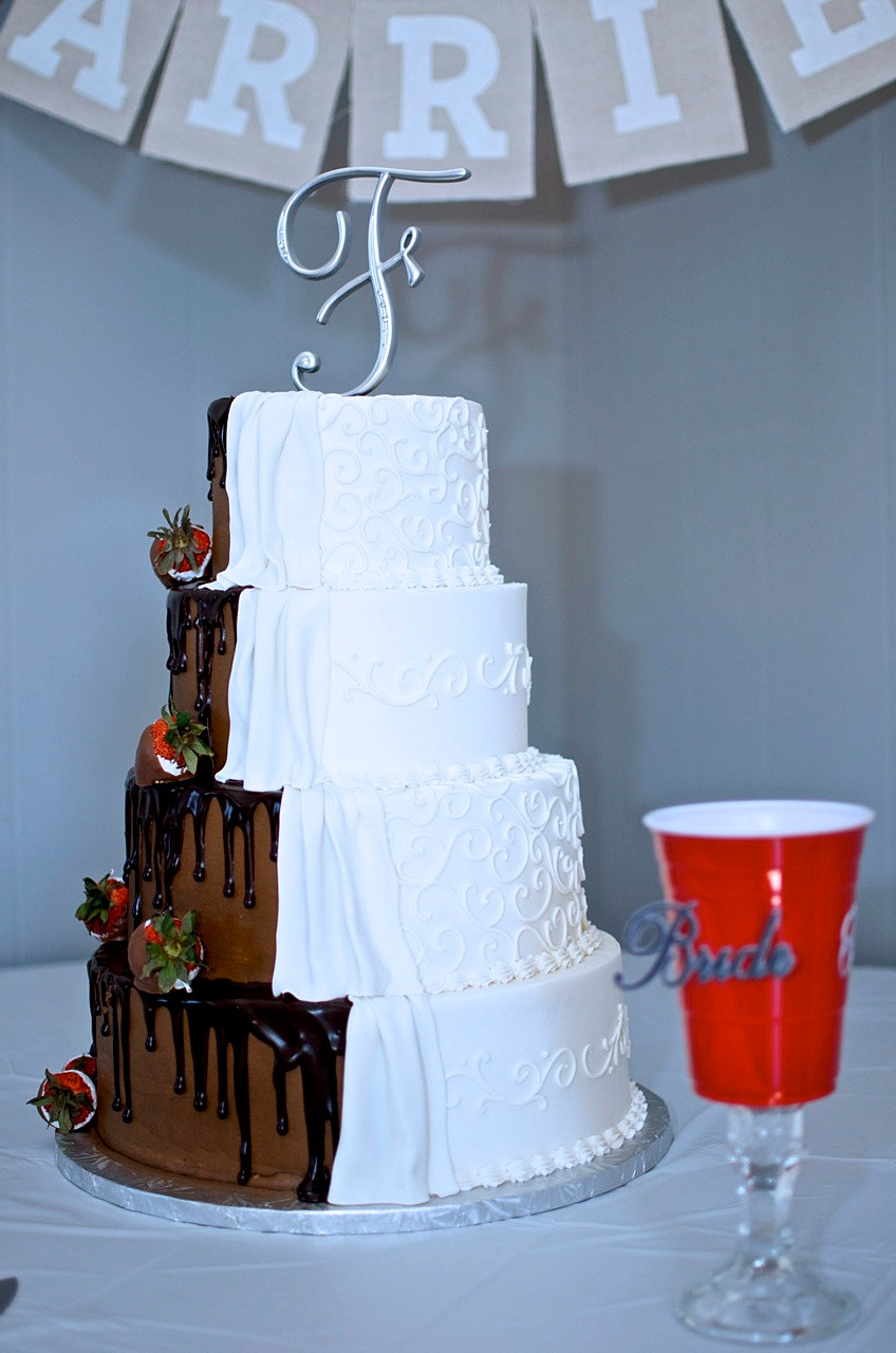 half brown white wedding cake couture cakes of greenville wedding birthday cakes 15048