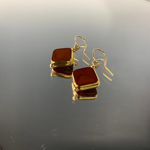 Cinnamon Diamond: 22K Vintage Glass