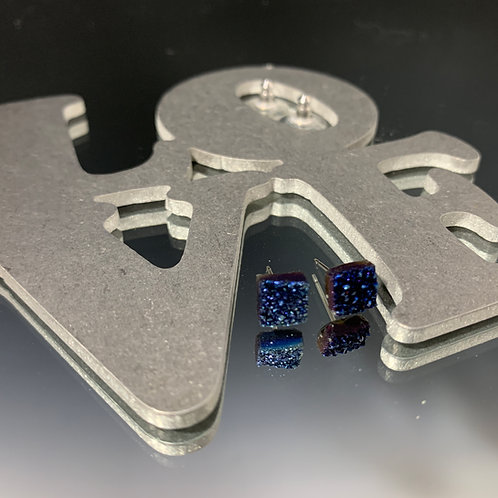 Small blue square posts: Earrings Druzy quartz