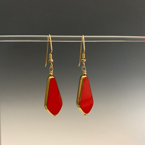 Bright Red Drop : 22K Vintage Glass