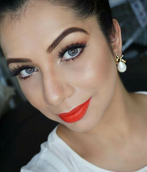 Mika - Makeup