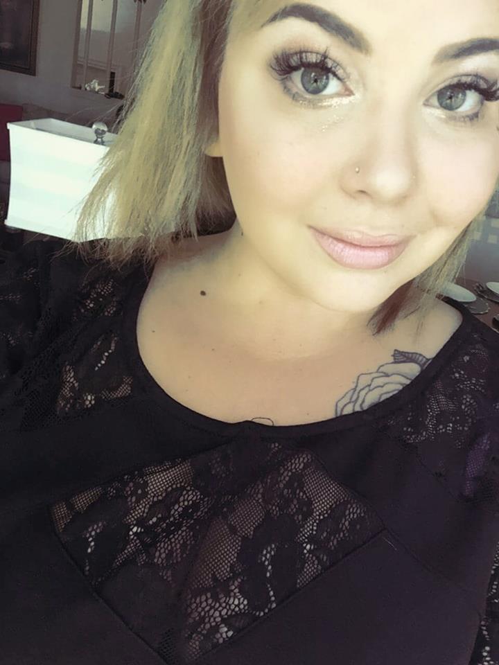 Candess - Makeup Artist