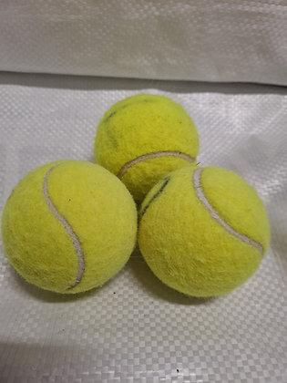 Tennisballen 2e hands voor de hond