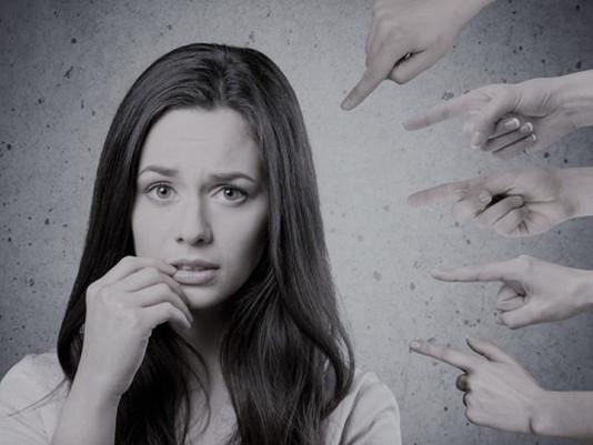 Pare de julgar… Você não é perfeito