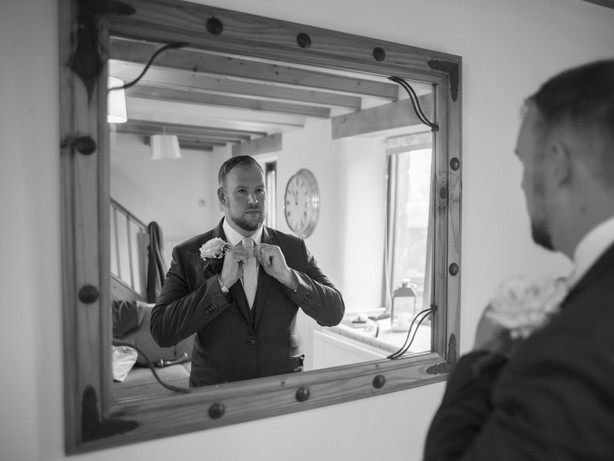 Phil wedding prep-20.jpg