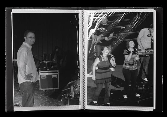 Photo-Album-4x6in-Mockup-MO.png