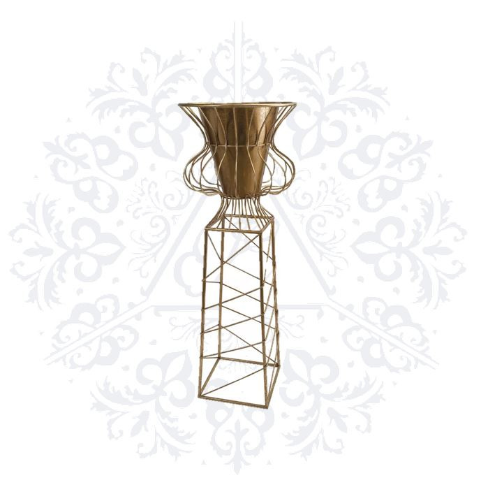 6 ft. plant stand