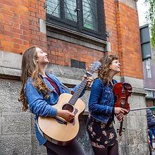 112__Irish_Street_Performers_2.jpg