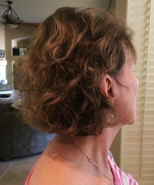 woman's hair short wavy blob