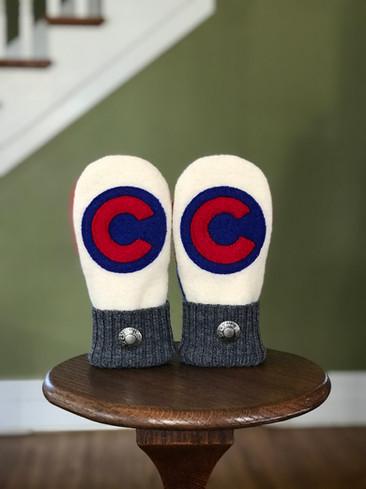 custom mittens - cubs white .jpg