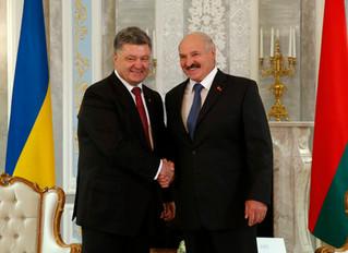 Порошенко заявил о создании «оси добра» Киев — Минск
