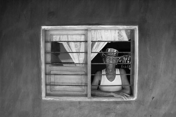 Don Gabriel y su ventana - Autor Danilo Acosta - Dimensiones 5184×3456 - Año 2015.jpg