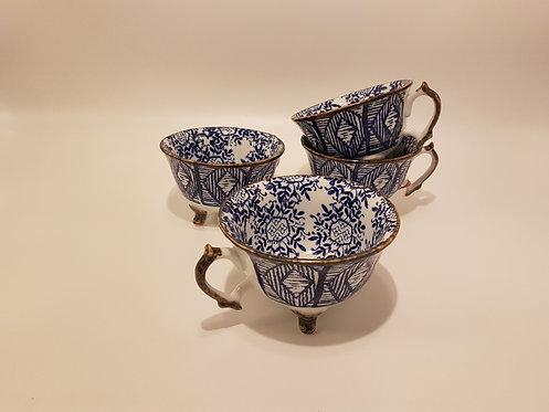 Tasse sur Pied porcelaine