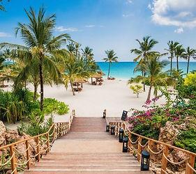 SurfTrip-Joga-Zanzibar-600x534.jpg
