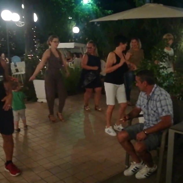 balli di gruppo.mp4