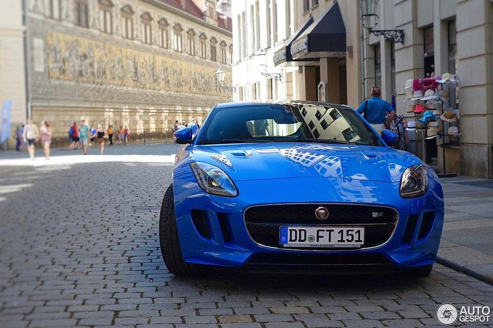 jaguar-f-type-s-awd-coupe-british-design