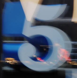 fünf.jpg