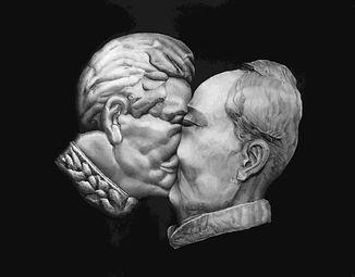 Deadly kiss I (Stalin-Mao) triptych 70 x