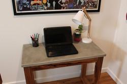 desk_3.jpg