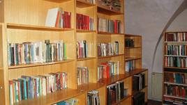Delo v knjižnici Polhov Gradec