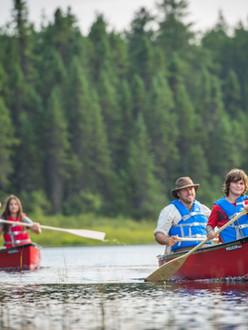 canoe-lac-Taureau.jpg