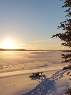 lac taureau coucher soleil