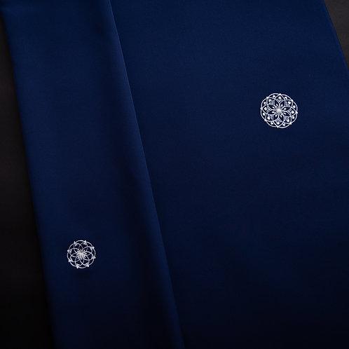 小紋 | 濃紺地 華紋刺繍