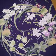本当にお似合いになる配色・加工技術で制作した着物や帯で、お客様の着姿をより輝かせ