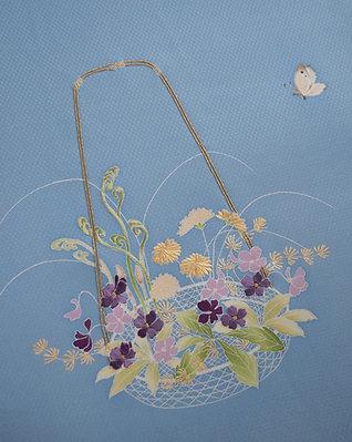 染帯   市松織 水色地 春草の花籠に蝶