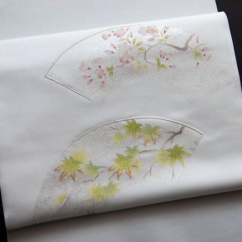 染帯   塩瀬 白地 扇面桜に青紅葉